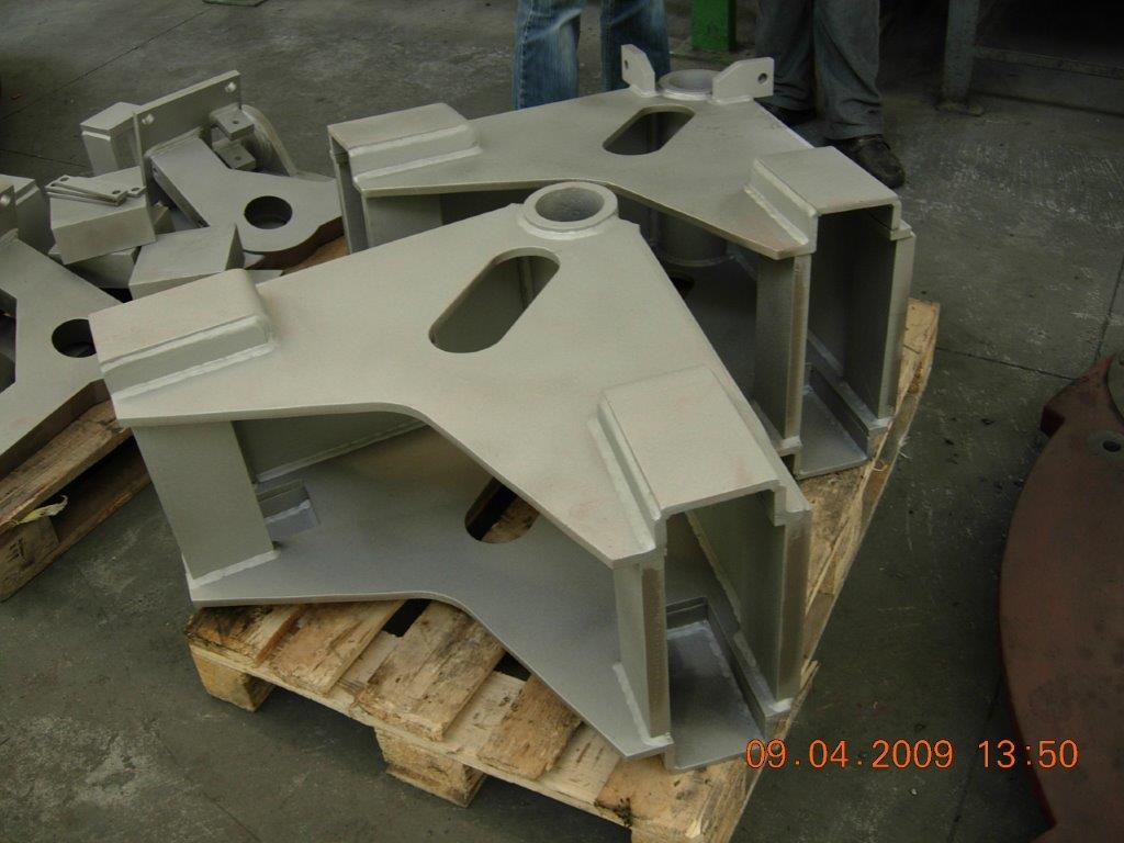 odlewy staliwne - konstrukcje stalowe wspornika frezarki